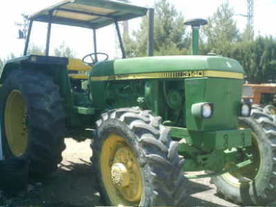 TRACTOR JOHN DEERE 3140  DOBLE TRACCION